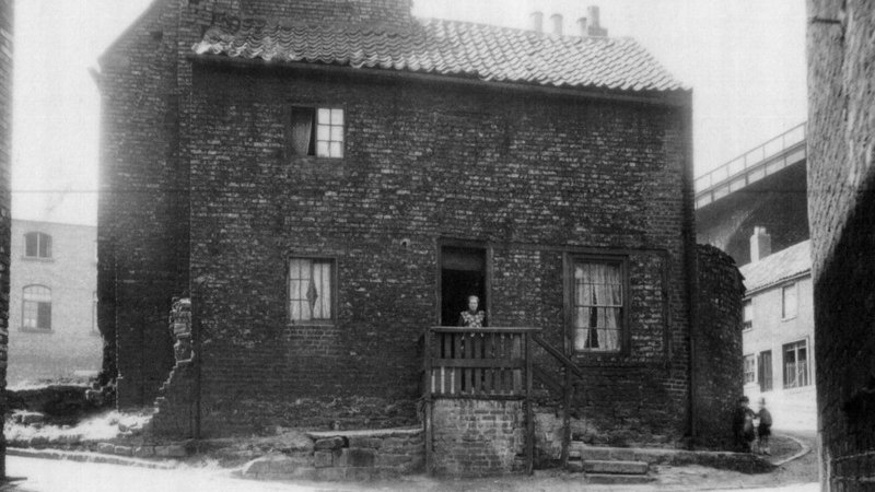 Mill House on Lime Street green in 1900s